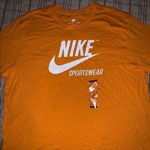 Nike Sport Wear T-Shirt Orange And White Size XL